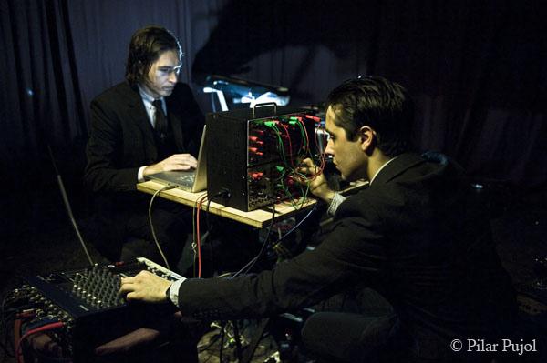 gentlemen_electronics01